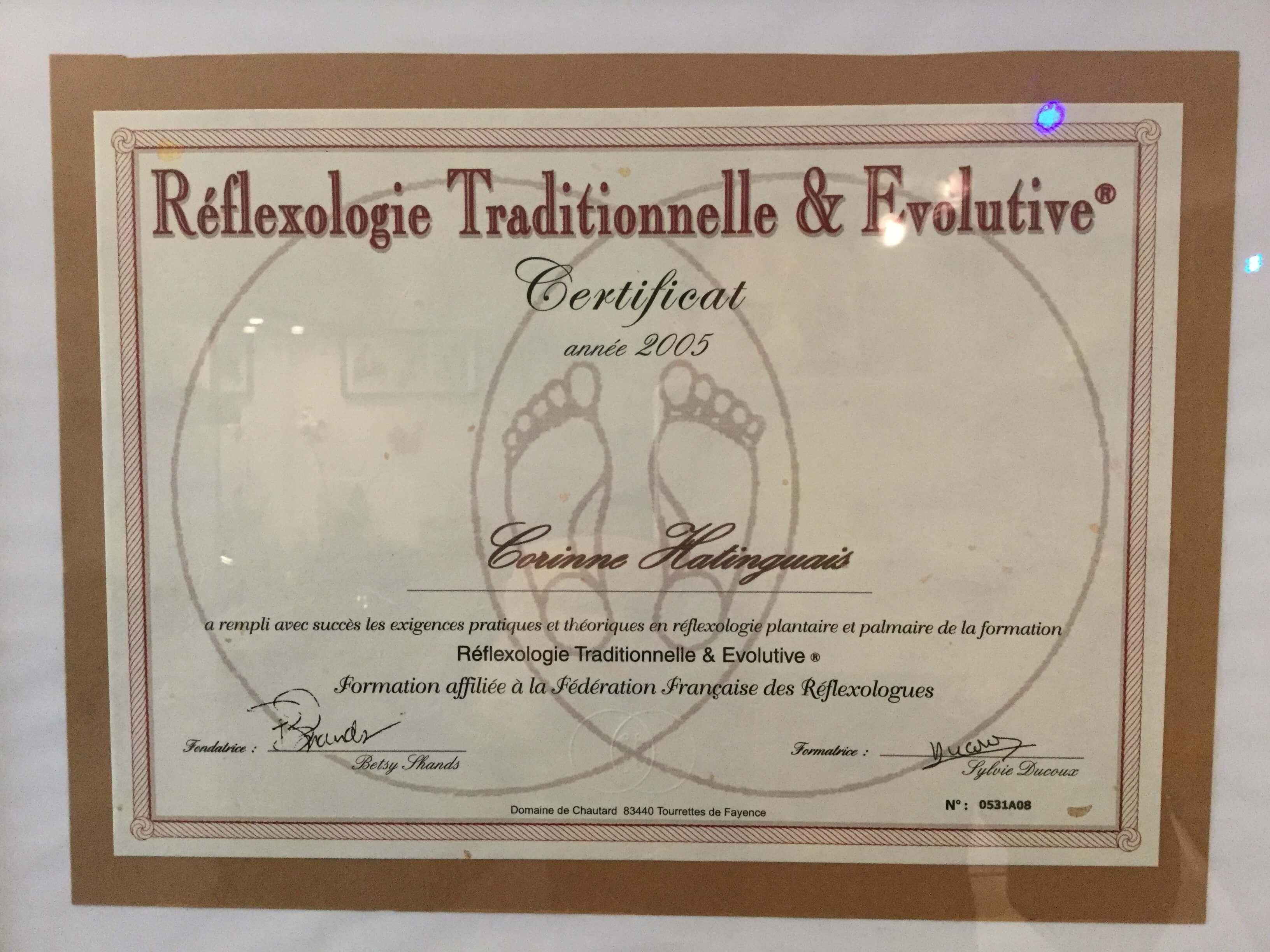 Corinne-HATINGUAIS-Réflexologue-certifiée-de-la-FFR