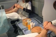 détente-avec-massage-des-pieds